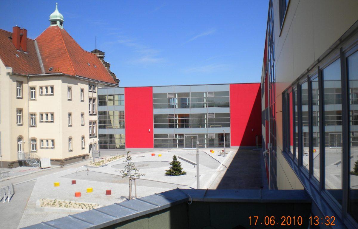 Bild 12b Ferdinand Sauerbruch Gymnasium Großröhrsdorf